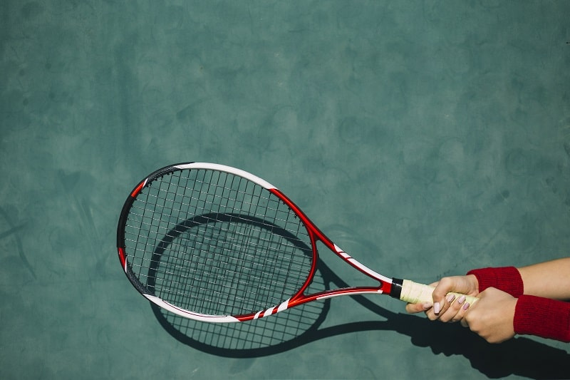 How to Choose a Grip Size for a Tennis Racquet
