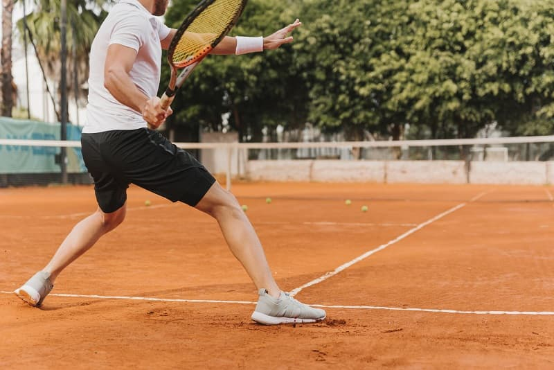 How to handle deep balls in tennis